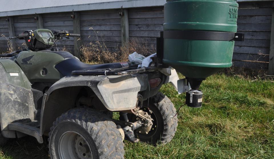 small fertilizer spreader